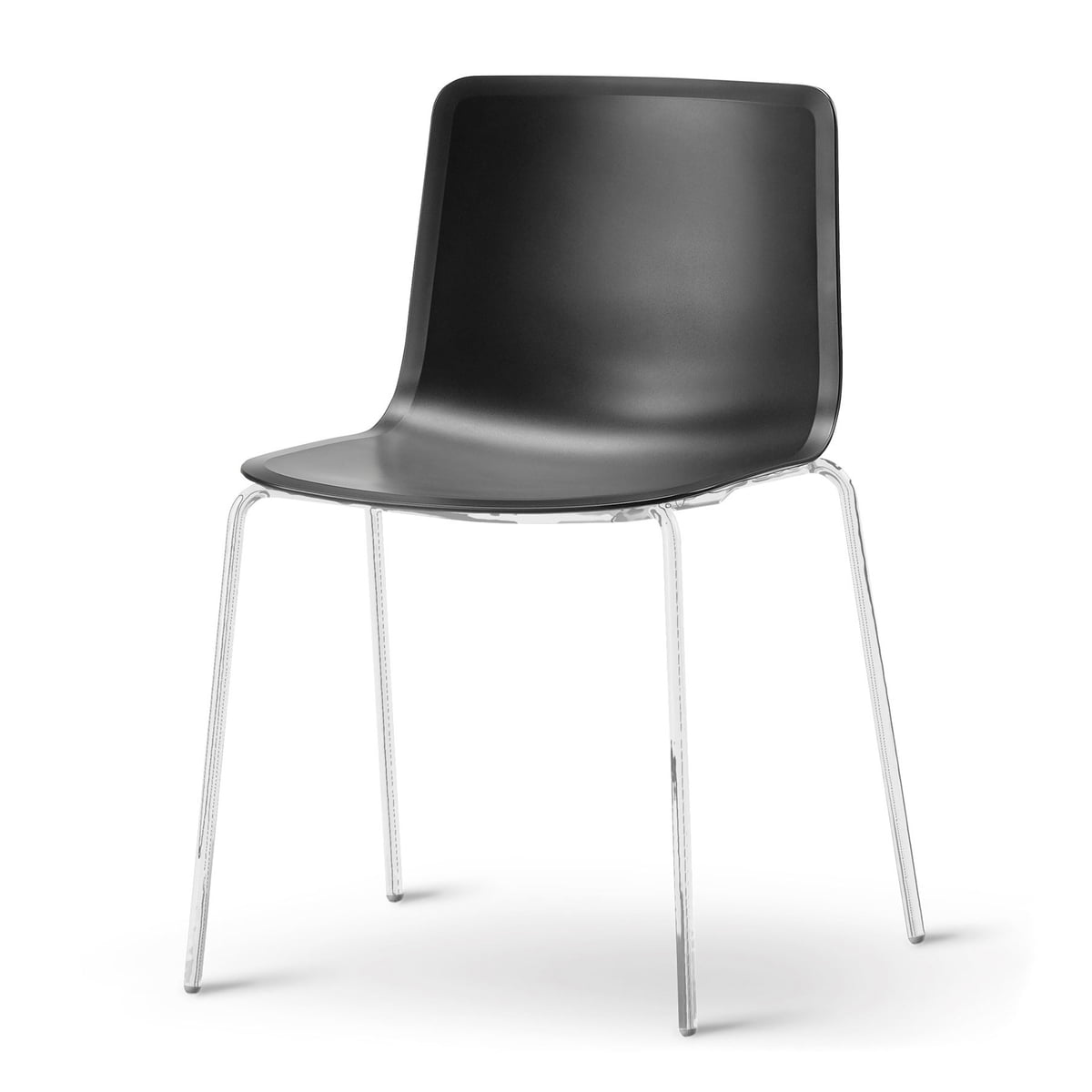 Chaise pato fredericia connox for Quatre pieds quatre chaises